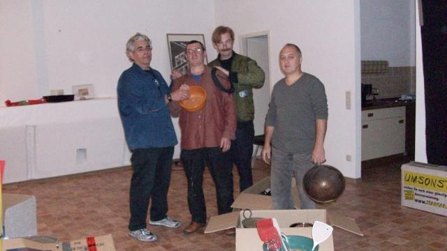 In rehearsals for F. F.'s Music ala Mode Berlin 2009)