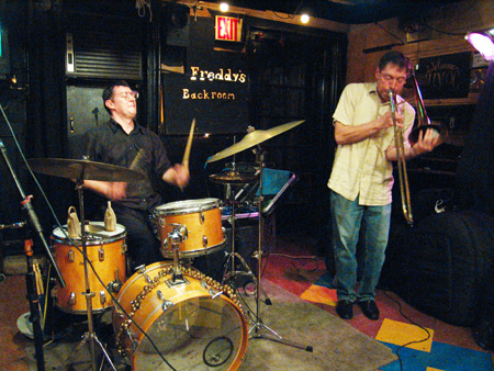 Peter Zummo &amp; M. E. duet at Freddy&#039;s Back Room, Brooklyn, NY 2008